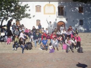 Foto de grupo tras el almuerzo, antes de empezar el gran juego